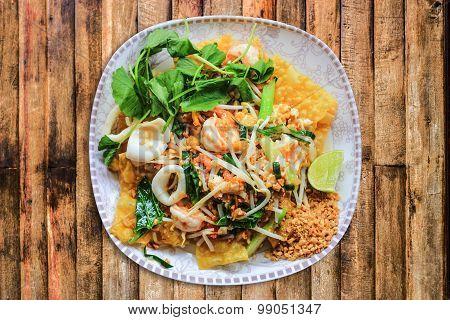 Seafood Padthai With Crispee Rotee