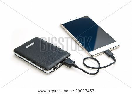 Recharging Smart Phone Tablet From Power Bank