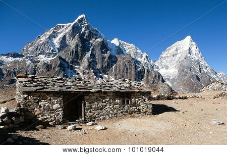 Dusa Village, Typical Nepalese Stony Chalet