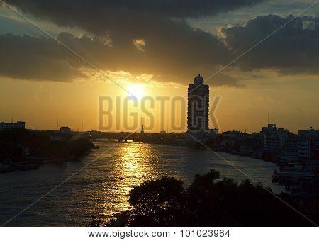 Bangkok, the Chao Phraya River.