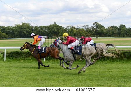 WROCLAW, POLAND - SEPTEMBER 5: Race for 3-year-old Arabian horse group II on 5 September 2015 in Wroclaw, Poland. The winner of the first race this horse Empera No. 7 the jokey A. Tokarek