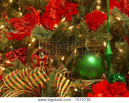 Lush Red, Green, Gold Christmas