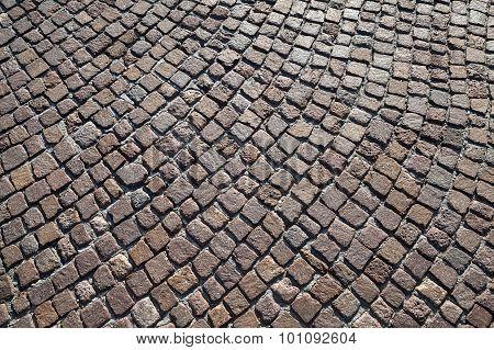 Brown Granite Cobblestone Road Pavement
