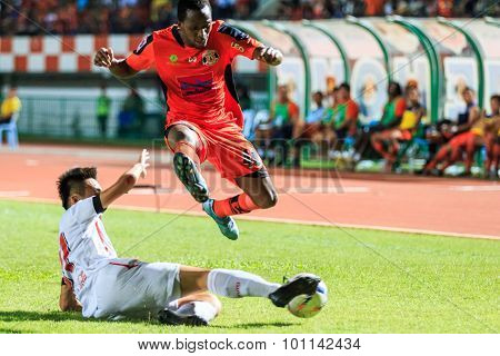 Sisaket Thailand-august 19: Adefolarin Durosinmi Of Sisaket Fc. (orange) In Action During Thai Premi