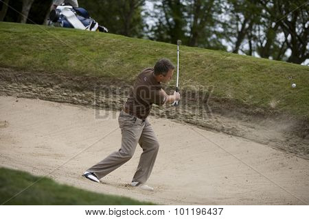 WENTWORTH, ENGLAND. 23 MAY 2009.Mark FOSTER ENG playing a bunker shot during the 3rd round of the European Tour BMW PGA Championship.