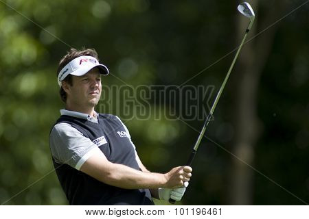WENTWORTH, ENGLAND. 22 MAY 2009.Benn BARHAM ENG  playing in the 2nd round of the European Tour BMW PGA Championship.