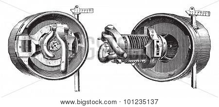 Breech mechanism interrupted screw threads (Bange System), vintage engraved illustration. Industrial encyclopedia E.-O. Lami - 1875.
