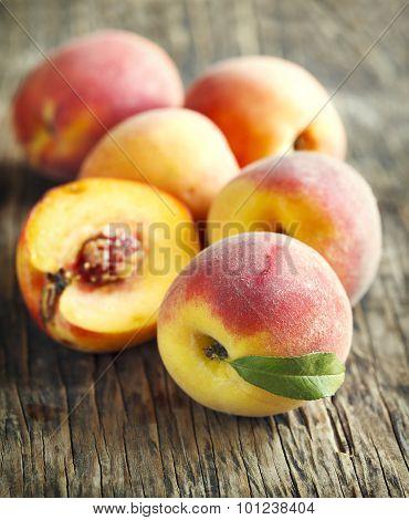 Fresh Organic Peaches