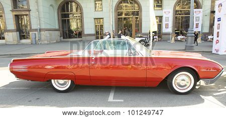 Retro Car Ford Thunderbird