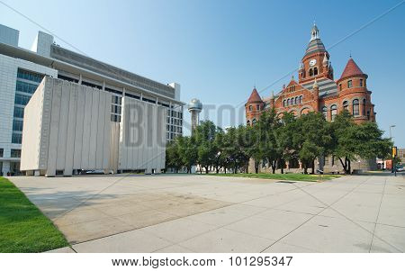 Kennedy Memorial Plaza And Old Red Museum In Dallas