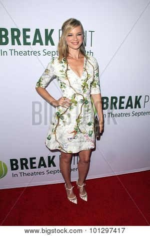 LOS ANGELES - AUG 27:  Amy Smart at the