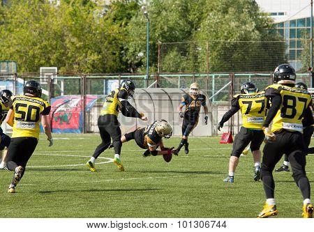 V. Shtanko (12) Fall Down Getting Ball