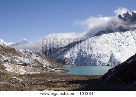 Village Of Gokyo And Dudh Pokhari