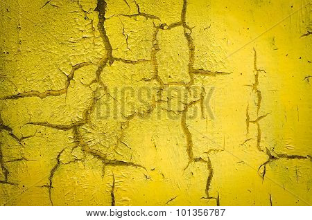 Wall painted in yellow
