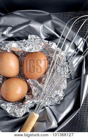 Eggs On Foil