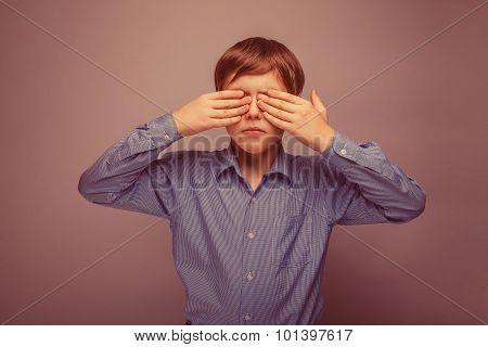 teenager boy 10 years brown hair Caucasian appearance eyes close