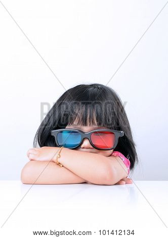 Little girl watching 3D movies
