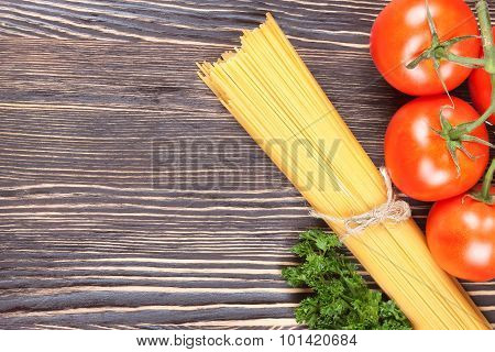 Pasta Spaghetti With Tomatoes