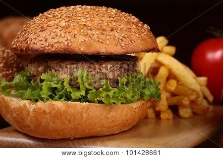 Burgers With Cutlet And Chips