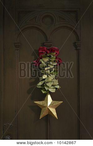 Christmas wrath on door