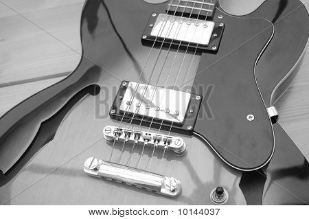 Beautiful Archtop Electric Guitar