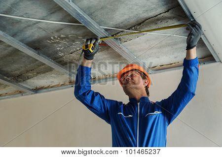 Worker Measure Metal Frame
