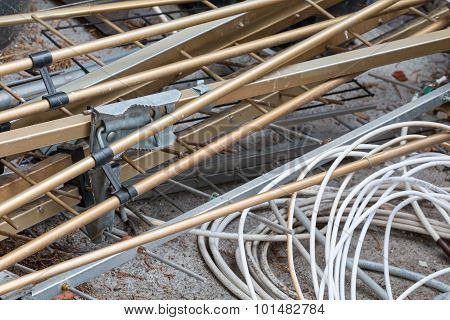 Landfill - Copper Wires And Metal