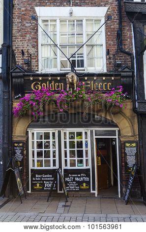 The Golden Fleece In York