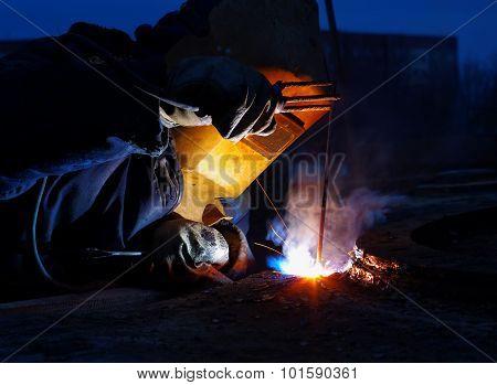 Welder Brews Responsible Metal Constructions