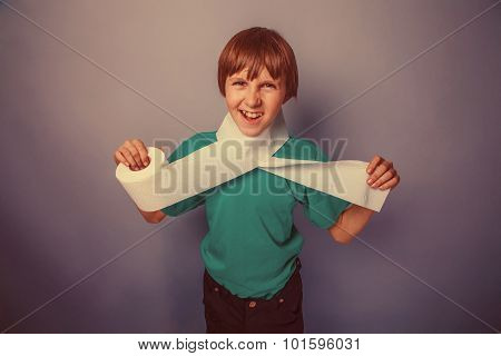 European-looking boy of ten years with toilet paper, wants to us