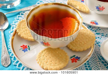 Classic English tea with biscuits