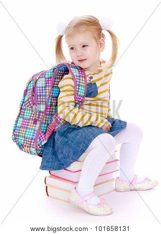 Girl tries pack