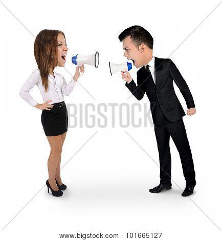 Big head people scream at eachother with loudspeaker
