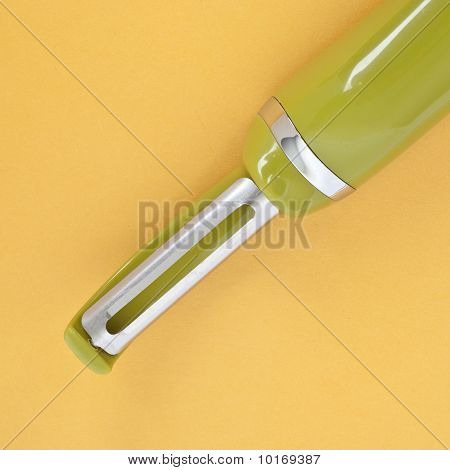 Green Kitchen Peeler