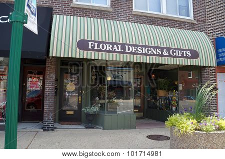 Floral Designs & Gifts