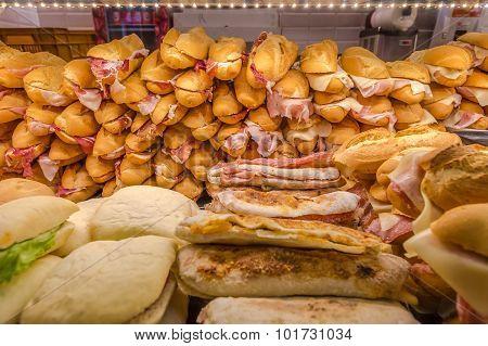 Sandwiches blured