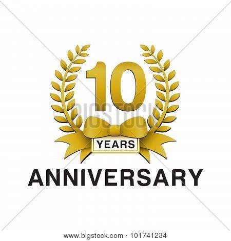 10th anniversary golden wreath logo