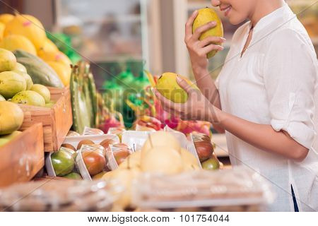 Choosing Mango