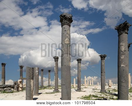 Roman Corinthian Columns In Umm Qais (umm Qays) --is A Town In Northern Jordan