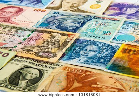 Portraits On The Banknotes
