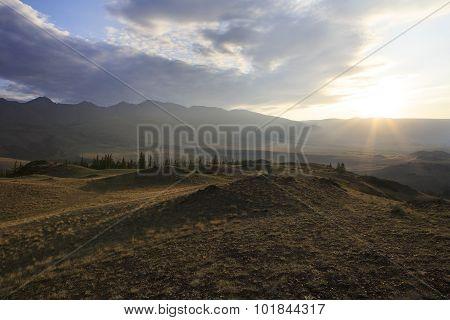Kuray mountain range and steppe at dawn.