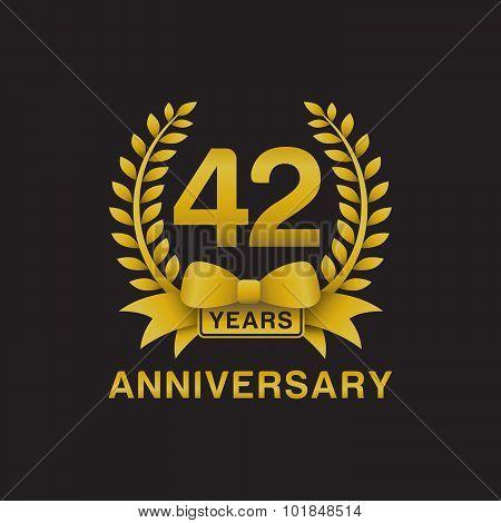 42nd anniversary golden wreath logo black background