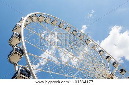 Ferris Wheel Cars On White Wheel