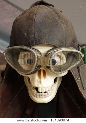 vintage motorcycle goggles and helmet the skull
