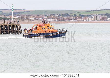 Lifeboat sets sail