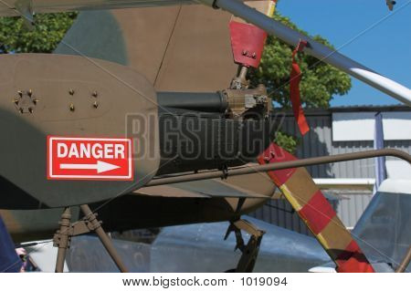 Helicopter Rotor With Warning