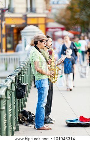Street Musicians, Paris