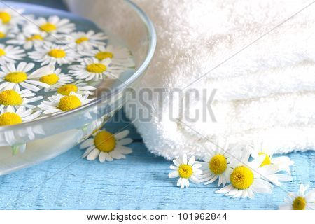 Camomile extract with towel