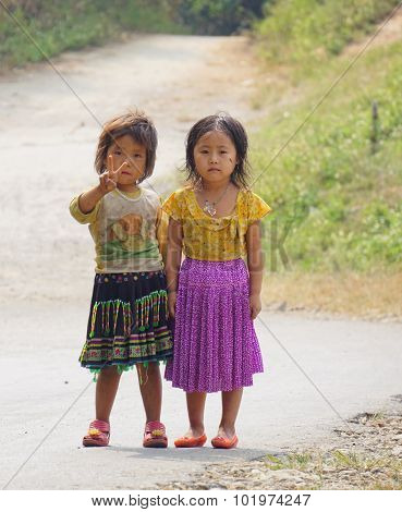 Ethnic Hmong Children In Sapa, Vietnam