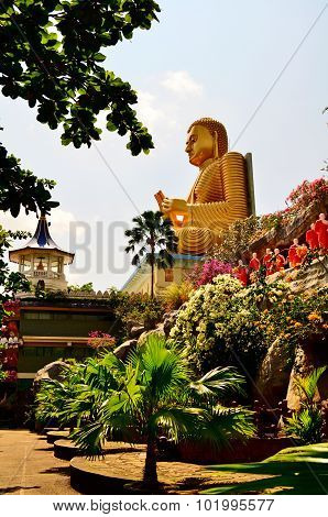 Temple of Buddha on Sri Lanka (Ceylon) Dambula